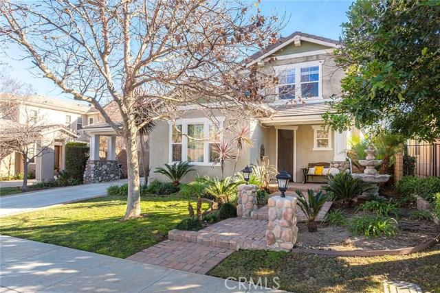14690 Corkwood Drive, Moorpark CA: http://media.crmls.org/mediascn/60698ad2-281a-4c12-a712-bf927845a4d4.jpg