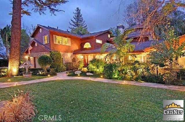 6120 Shirley Avenue, Tarzana CA 91356