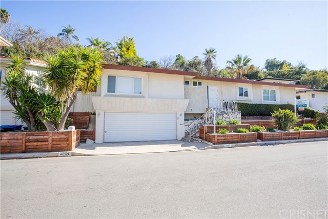 Photo of 3824 Sherview Drive, Sherman Oaks, CA 91403