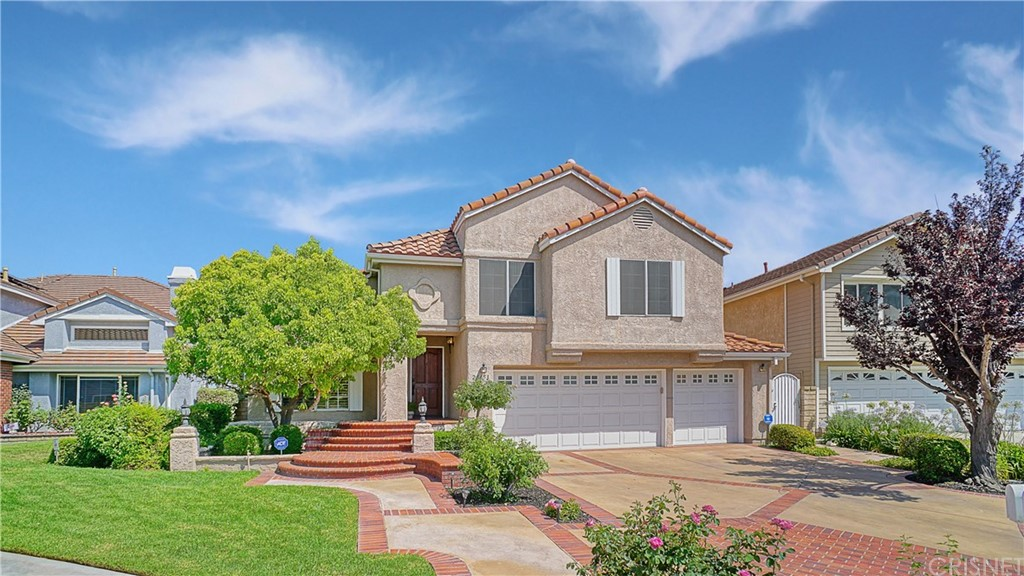 Photo of 23453 CLOVERDALE Court, Newhall, CA 91321