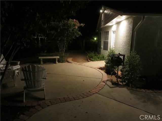 10836 Chimineas Avenue, Porter Ranch CA: http://media.crmls.org/mediascn/6144f04c-38ba-46ff-8c65-629b6268390d.jpg