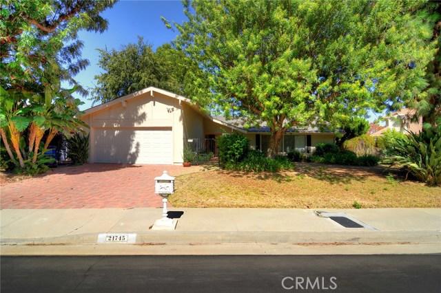 21745 Woodland Crest Drive  Woodland Hills CA 91364