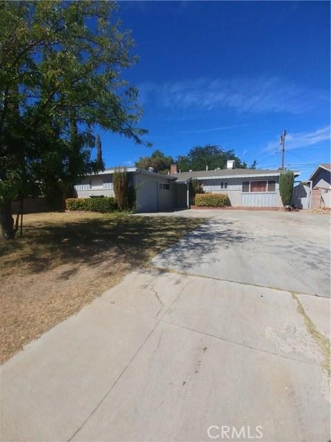 44621 Stanridge Avenue, Lancaster CA: http://media.crmls.org/mediascn/61a906ac-8300-4da1-837f-f7d7041cc0cf.jpg