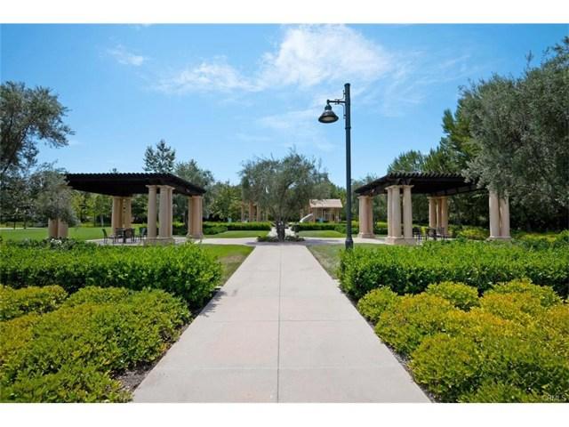 65 Bianco, Irvine CA: http://media.crmls.org/mediascn/61d32cb4-ff18-4839-8980-e9670d39a5c1.jpg