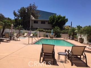 1115 S Elm Dr, Los Angeles, CA 90035 Photo 9