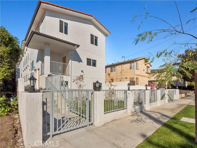 329 E Hazel Street, Inglewood CA: http://media.crmls.org/mediascn/621a2439-02ee-4602-9541-34c80c47cf85.jpg
