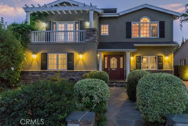 13038 Hartsook Street, Sherman Oaks, CA 91423