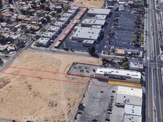 3 Street East and Palmdale Boulevard, Palmdale CA: http://media.crmls.org/mediascn/623d2f30-8c96-4308-8e71-0bfc52b4ddca.jpg