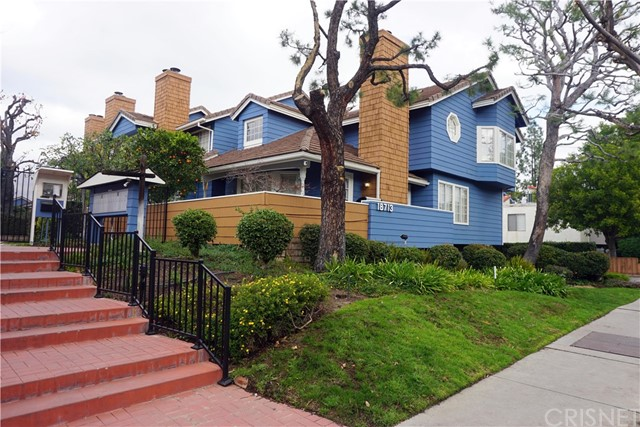 18713 Hatteras Street, 7, Tarzana, CA 91356