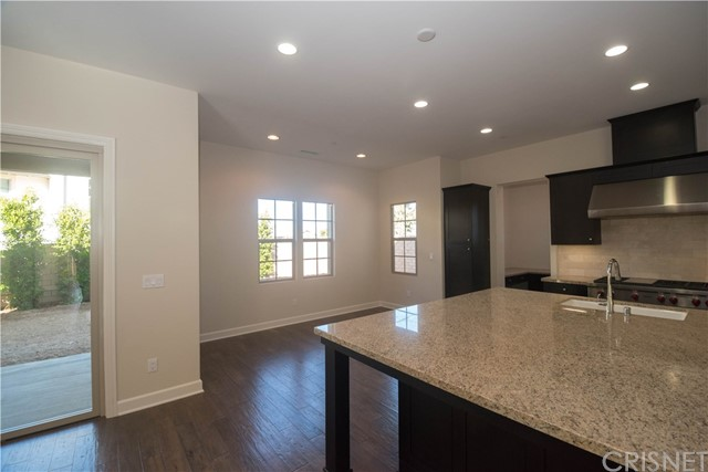 Additional photo for property listing at 130  Mayflower St 130  Mayflower St Thousand Oaks, California 91360 United States