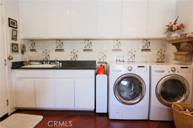 39041 Pacific Highland Street, Palmdale CA: http://media.crmls.org/mediascn/62db4af1-3b01-4bd8-9e32-ae80c1f0b02a.jpg