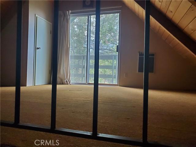 2056 Woodland Drive, Pine Mountain Club CA: http://media.crmls.org/mediascn/63175247-b4e3-4c62-82a5-94de85c146df.jpg