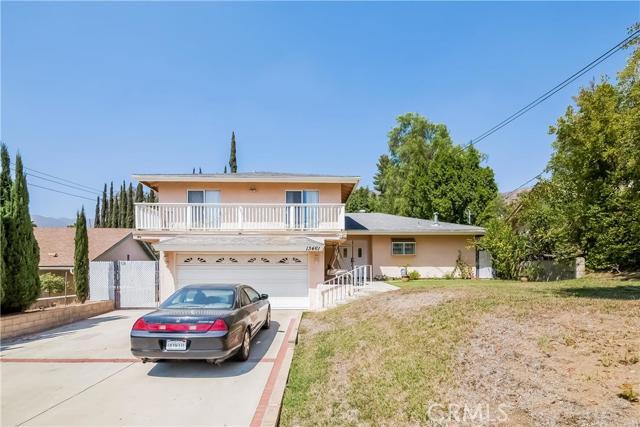 13461 N Egbert Street, Sylmar CA 91342