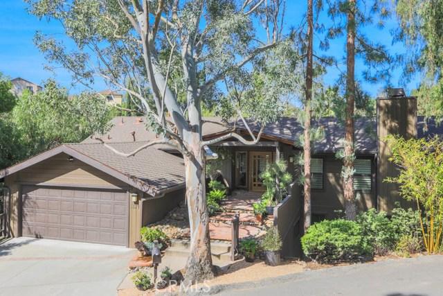 5174 Marmol Drive, Woodland Hills CA 91364