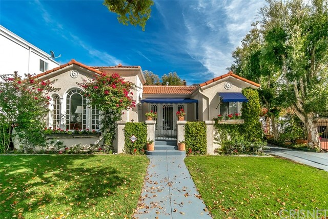 Single Family Home for Sale at 708 Adams Street N Glendale, California 91206 United States