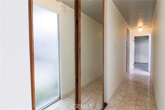 12662 Jimeno Avenue, Granada Hills CA: http://media.crmls.org/mediascn/63a79b59-7d53-4458-9d0b-23d1776fe4e1.jpg