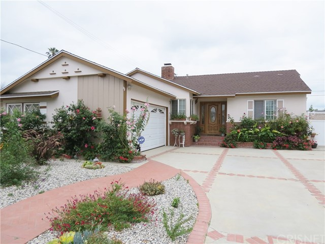 Single Family Home for Sale at 20730 Vose Street Winnetka, California 91306 United States