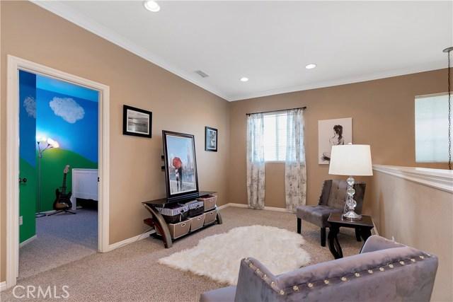 440 Arborwood Street, Fillmore CA: http://media.crmls.org/mediascn/63efc442-79bc-42c2-a178-61b6bcb7c782.jpg
