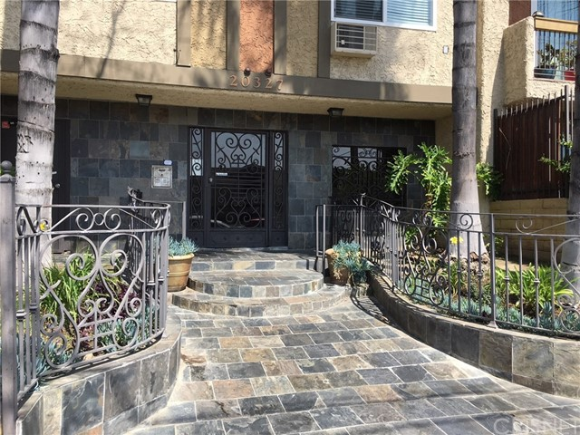 20327 Saticoy Street 206, Winnetka, CA 91306