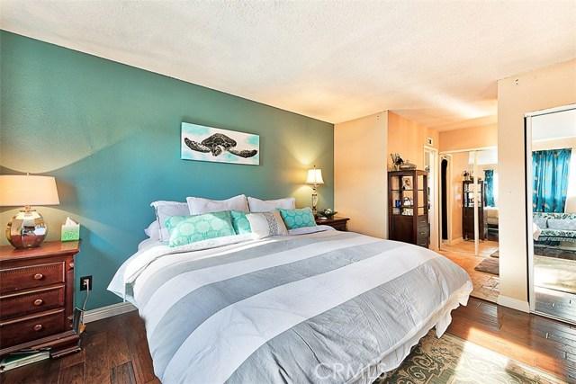 23810 Fambrough Street Newhall, CA 91321 - MLS #: SR17278990