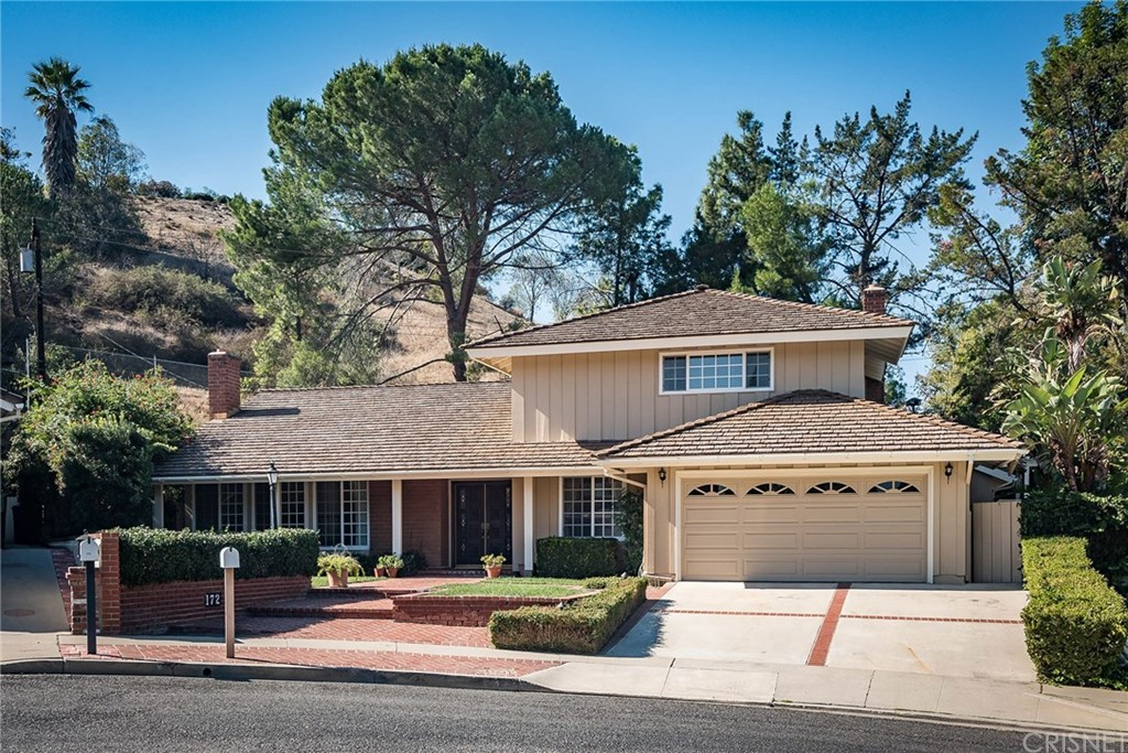 Photo of 172 WEST JANSS CIRCLE, Thousand Oaks, CA 91360
