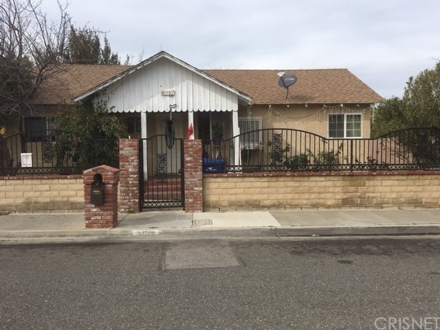 Property for sale at 22209 PARK ST, Newhall,  CA 91321