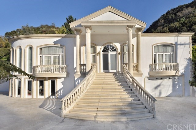 2100 Benedict Canyon Drive, Beverly Hills, CA, 90210