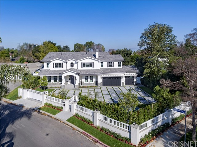Single Family Home for Sale at 15503 Meadowgate Road Encino, California 91436 United States