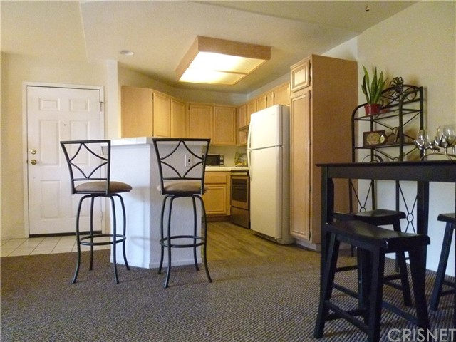 5837 Oak Bend Lane Unit 102 Oak Park, CA 91377 - MLS #: SR18195272
