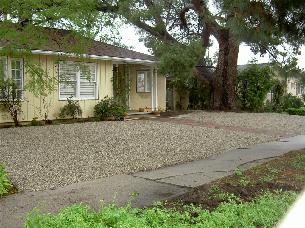 16945 Chatsworth Street, Granada Hills, CA 91344