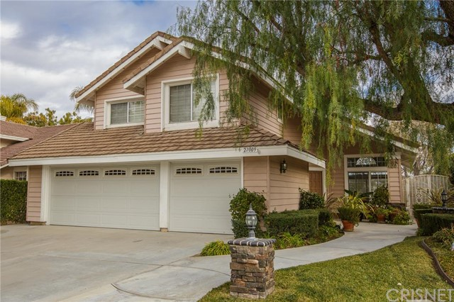 Property for sale at 22009 Jodi Place, Saugus,  CA 91350