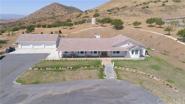Single Family Home for Sale at 6747 Valley Sage Road Acton, California 93510 United States