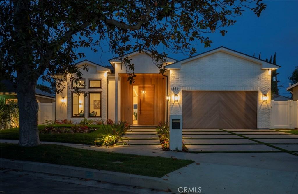Photo of 4534 ALLOTT Avenue, Sherman Oaks, CA 91423