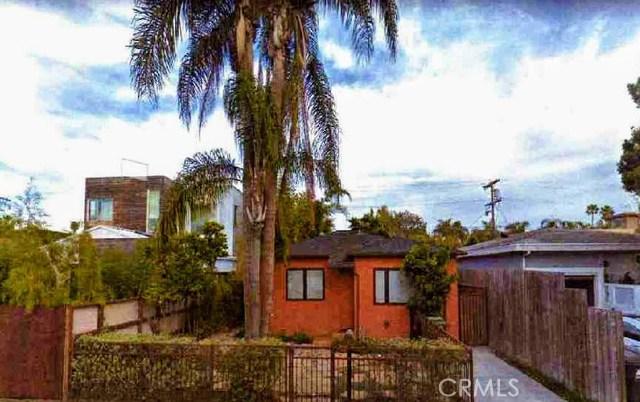 2412 Clement Avenue  Venice CA 90291