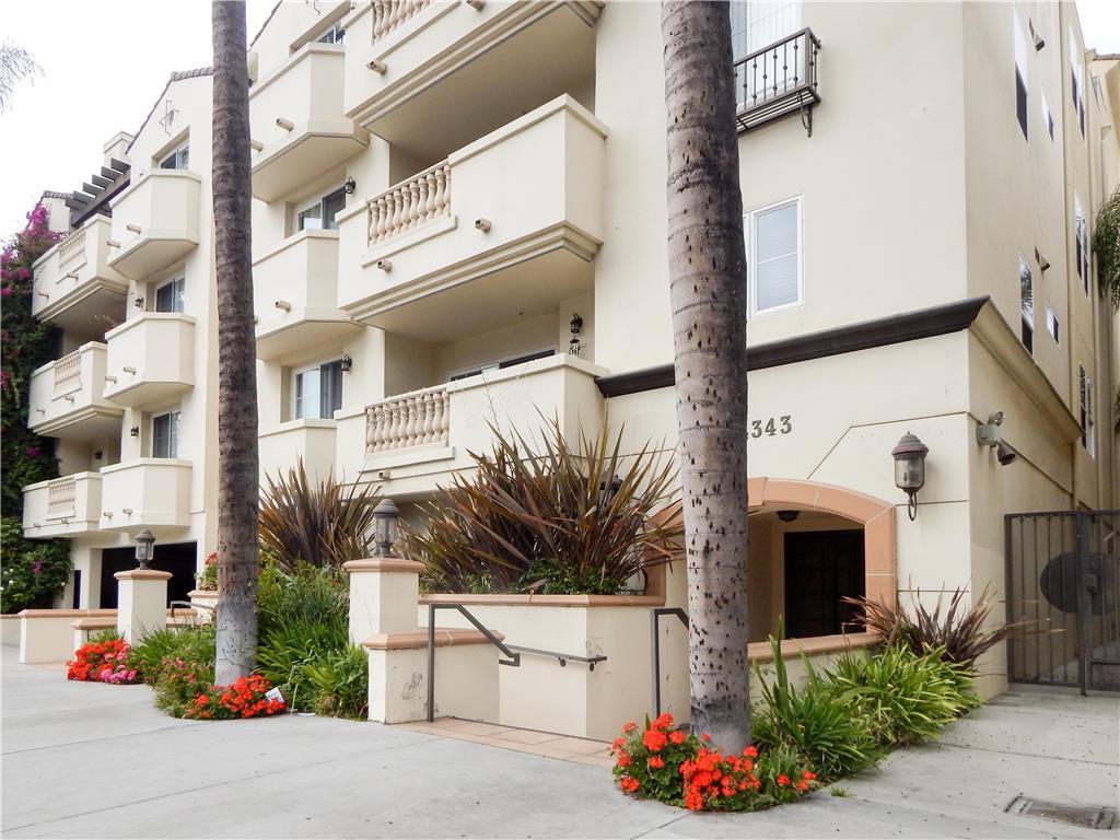Property for sale at 14343 Burbank Boulevard #103, Sherman Oaks,  CA 91401