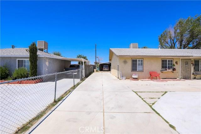 3391 Haven Street, Rosamond CA: http://media.crmls.org/mediascn/66a63046-5c2b-4996-a1b4-aae63d23ab31.jpg
