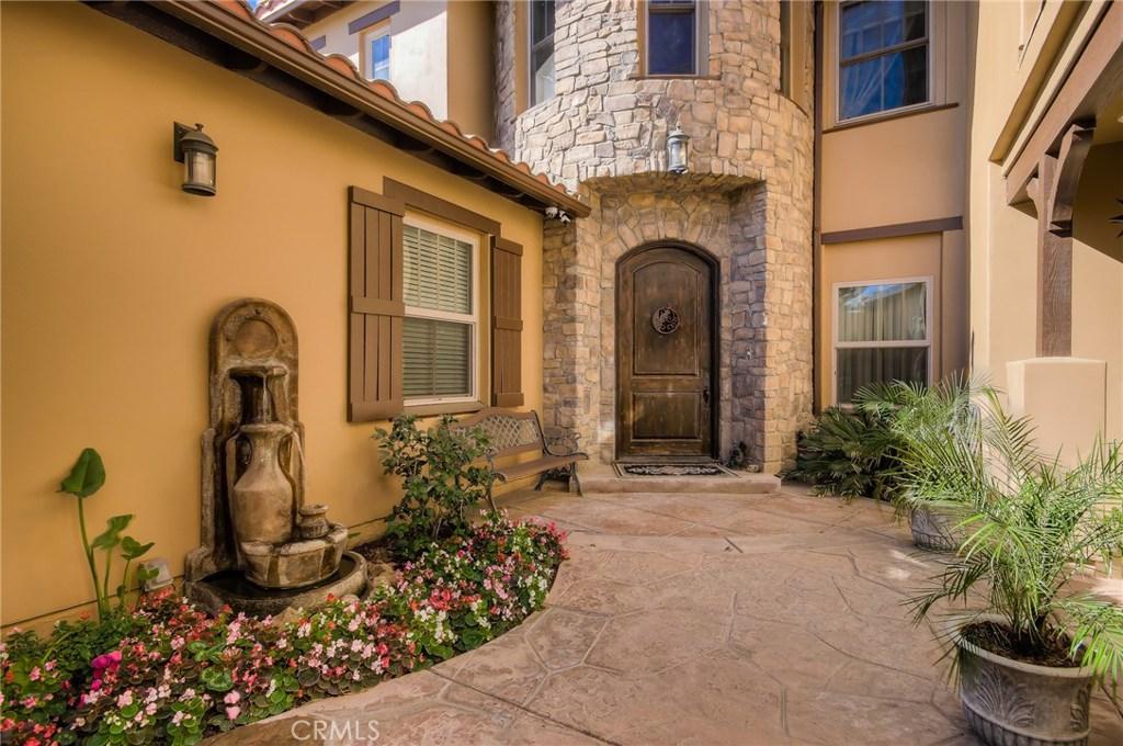 12065 Creekview Road, Granada Hills, CA 91344