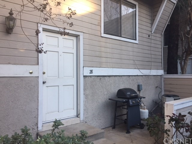 Additional photo for property listing at 8338 Woodley Place Unit 28 8338  Woodley Place North Hills, California 91343 United States
