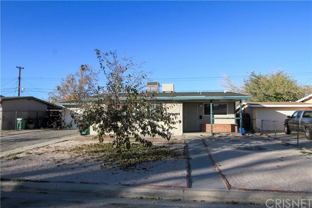 1635 East Avenue Q6 Palmdale CA  93550