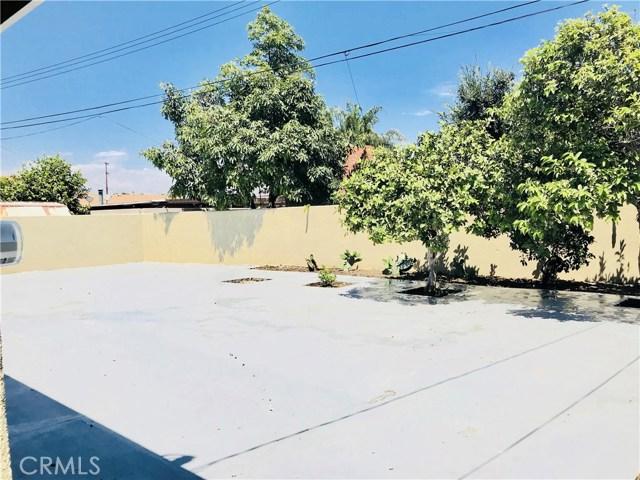 1009 S Arapaho Drive, Santa Ana CA: http://media.crmls.org/mediascn/6792438a-53da-4f3a-b885-1464d71f65df.jpg