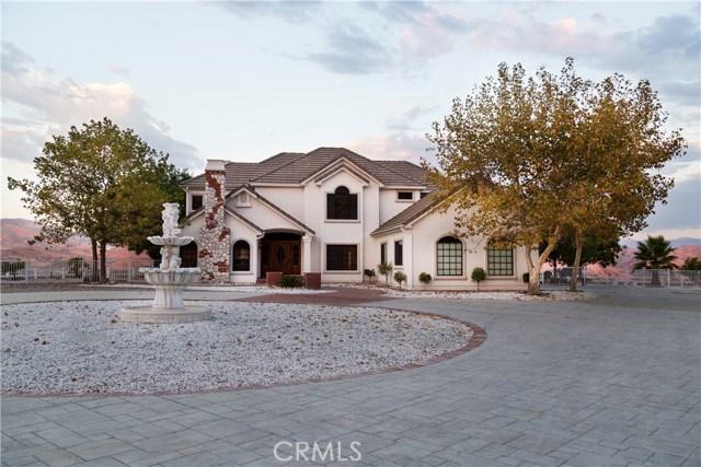 Casa Unifamiliar por un Venta en 11718 Bedworth Road Agua Dulce, California 91390 Estados Unidos