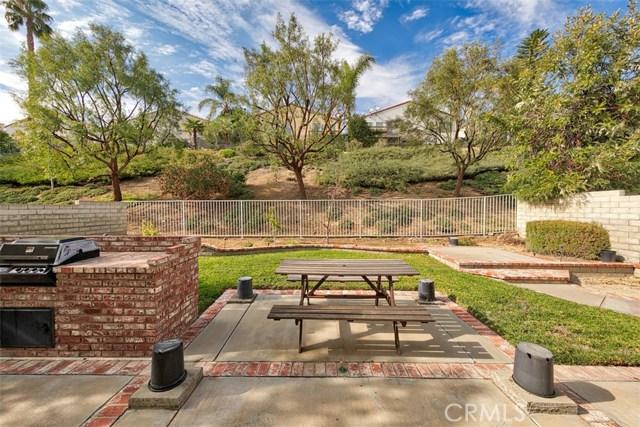 26061 Salinger Lane, Stevenson Ranch CA: http://media.crmls.org/mediascn/67f6f625-39f9-474e-9171-dc91f025c954.jpg