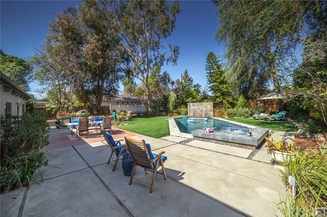 17441 Raymer Street Northridge, CA 91325 - MLS #: SR18048600