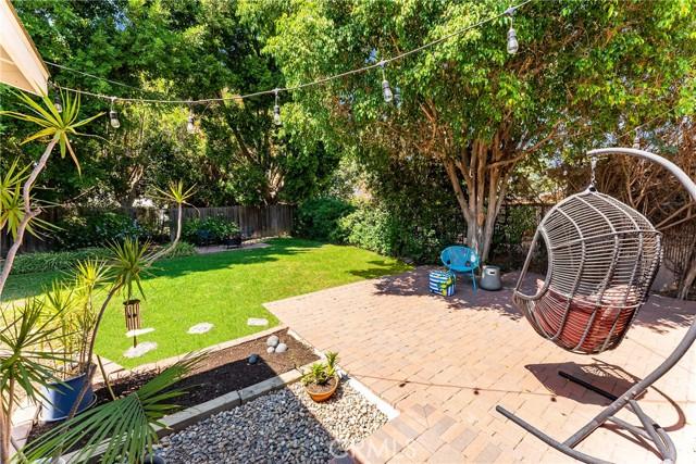 5743 Willis Avenue, Sherman Oaks CA: http://media.crmls.org/mediascn/683848de-065f-497e-88c8-99f4ccdcbcec.jpg