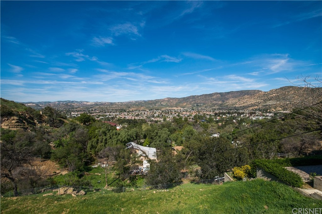 3 Alta Vista Rd, Simi Valley, CA 00000