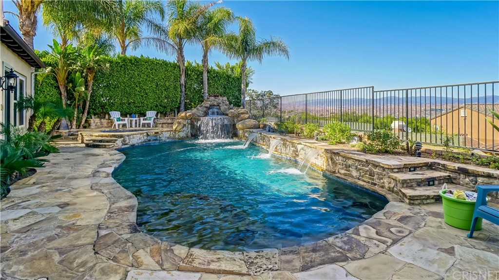 Property for sale at 26644 Oak Terrace Place, Valencia,  CA 91381
