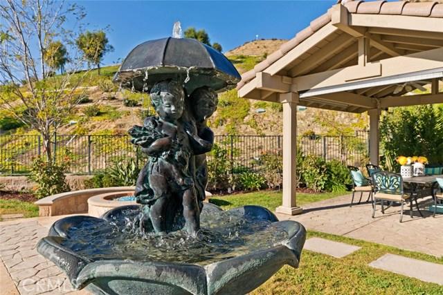 20355 Via Urbino, Porter Ranch CA: http://media.crmls.org/mediascn/6887f5b9-20e7-4b12-9fd2-7352fd926da8.jpg