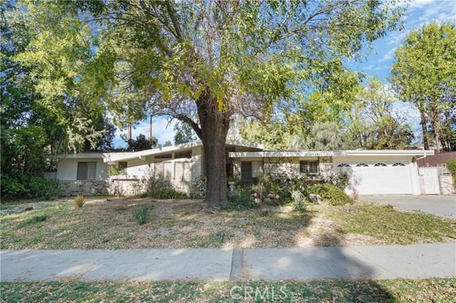 Photo of 22921 Mulholland Drive, Woodland Hills, CA 91364