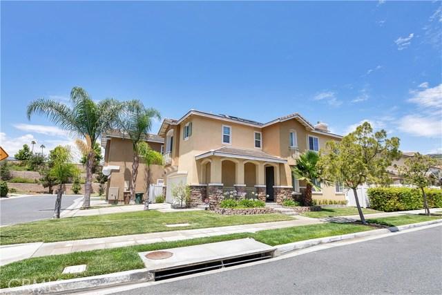 440 Arborwood Street, Fillmore CA: http://media.crmls.org/mediascn/69250fb2-0e54-4c3b-8946-817d237a5dd1.jpg