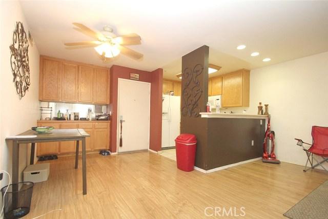 5325 Newcastle Avenue Unit 143 Encino, CA 91316 - MLS #: SR17097984